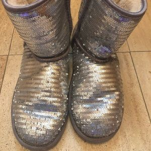 Used UGG winter boots